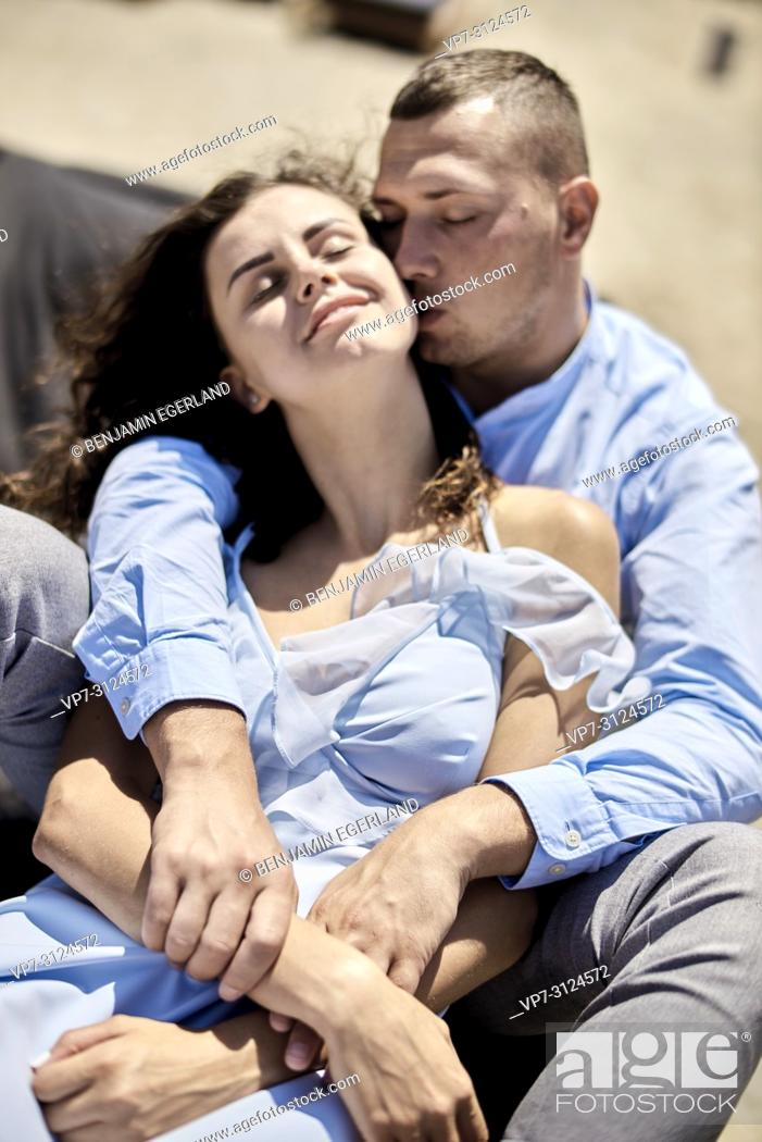 Stock Photo: couple, vacations, summer, love, beach.