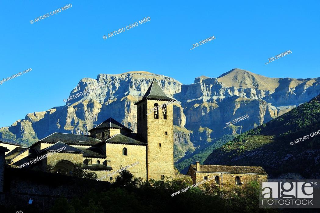 Stock Photo: Torla town. Aragonese Pyrenees, Huesca province, Spain.