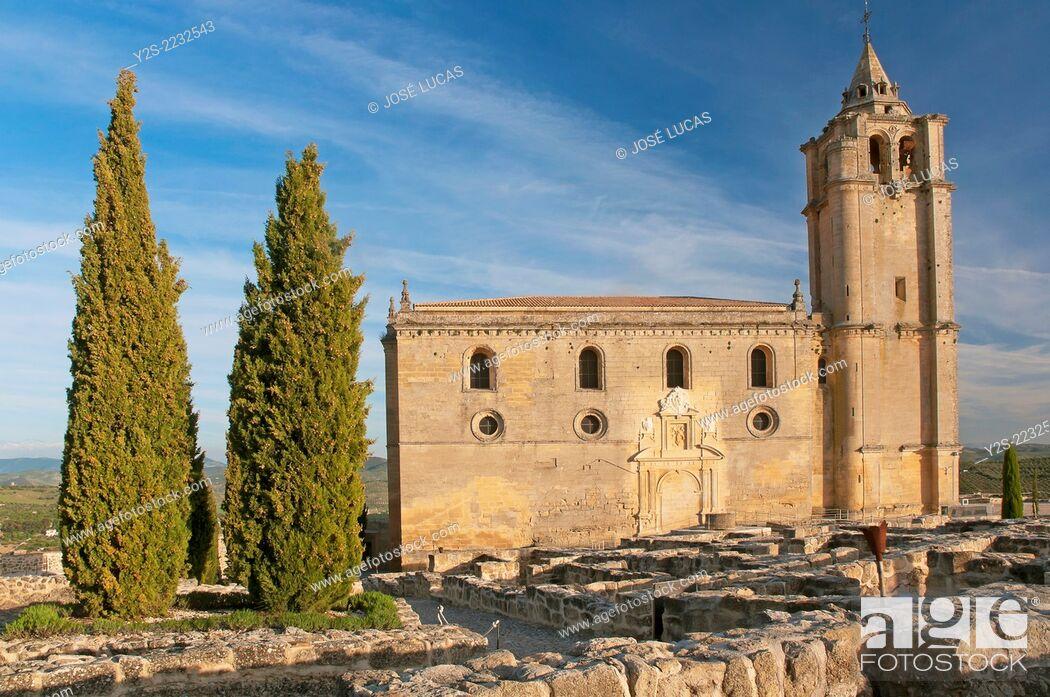 Stock Photo: Mayor Abbey Church and medieval urban layout, La Mota Fortress, Alcala la Real, Jaen-province, Region of Andalusia, Spain, Europe.