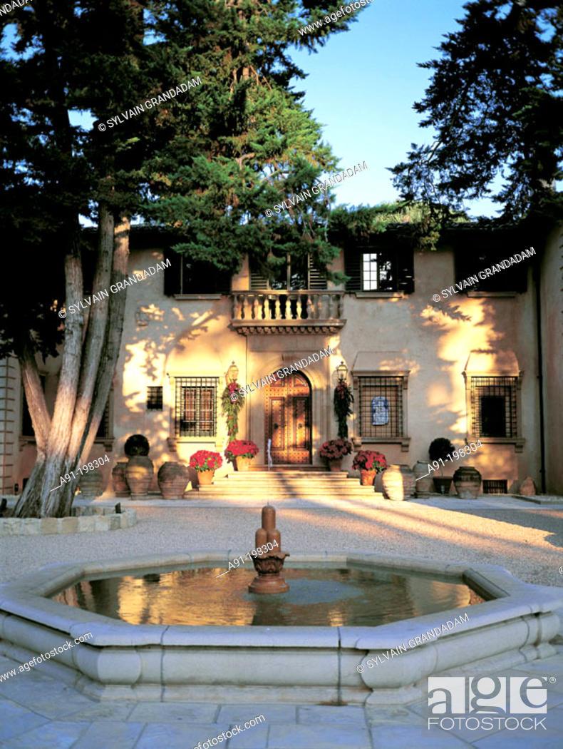 Stock Photo: A.Granatelli's Villa sotto il monte. Montecito. Santa Barbara. California. USA.
