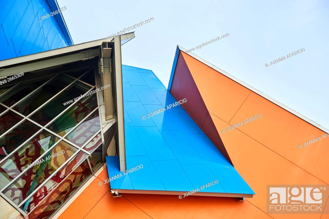 Stock Photo: The Biodiversity Museum by Frank O. Gehry, Panama, Republic of Panama, Central America.