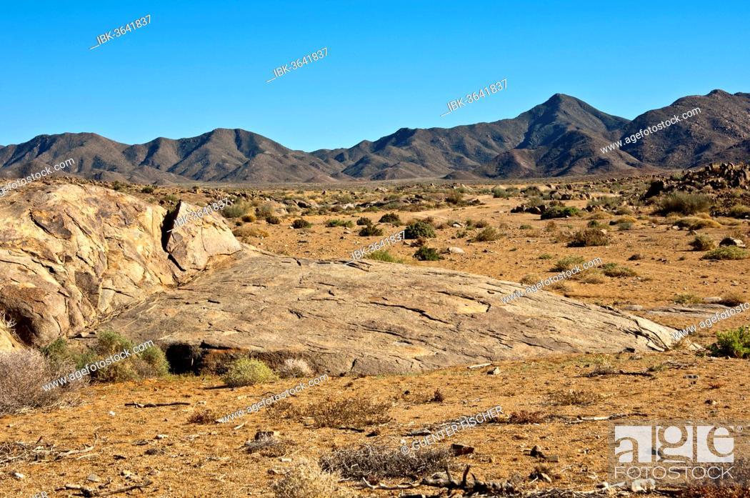 Stock Photo: Desert-like landscape with barren hills in Richtersveld, |Ai-|Ais Richtersveld Transfrontier Park, Northern Cape, South Africa.