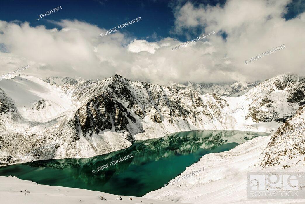 Stock Photo: Landscape of the Ala Kol lake, Karakol valley, Kyrgyzstan.