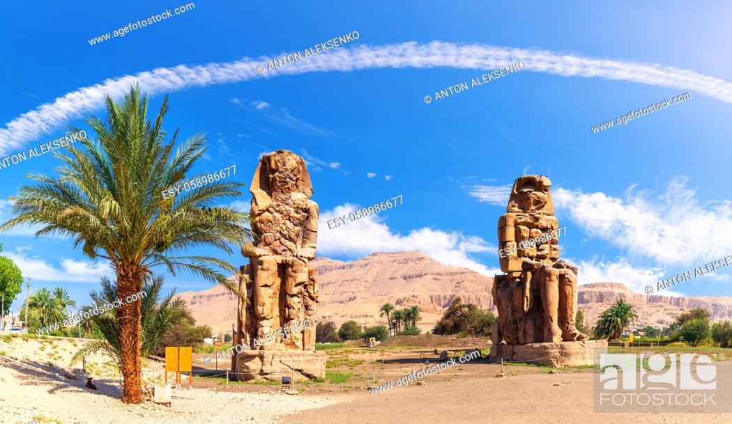 Imagen: The Colossi of Memnon in the Theban Necropolis of Luxor, Egypt.