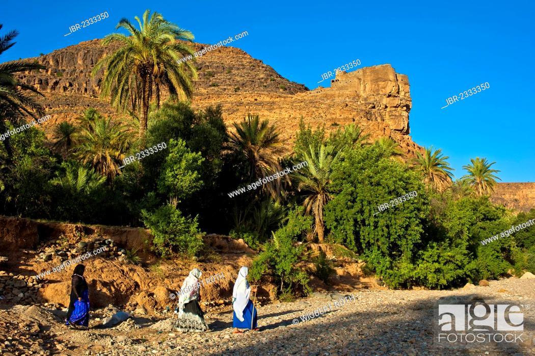 Dating Agadir Woman.