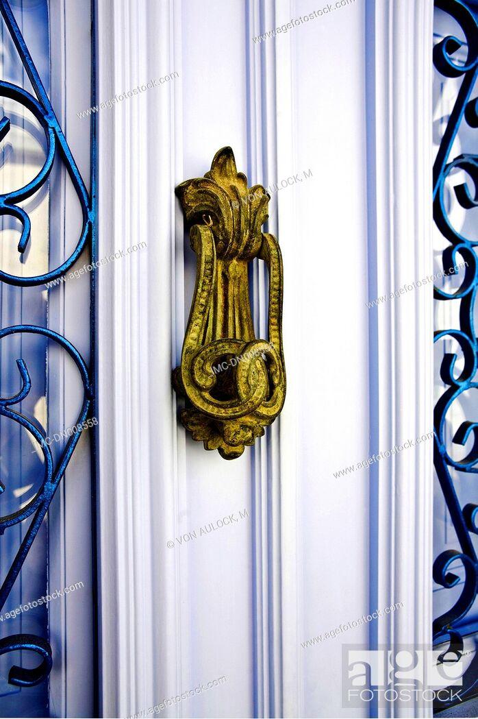 Imagen: Greece, Dodecanese, Patmos, door handle.