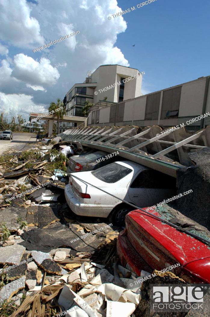 Stock Photo: Hurricane Charley. Punta Gorda. Wreckage of Mr. Burton.
