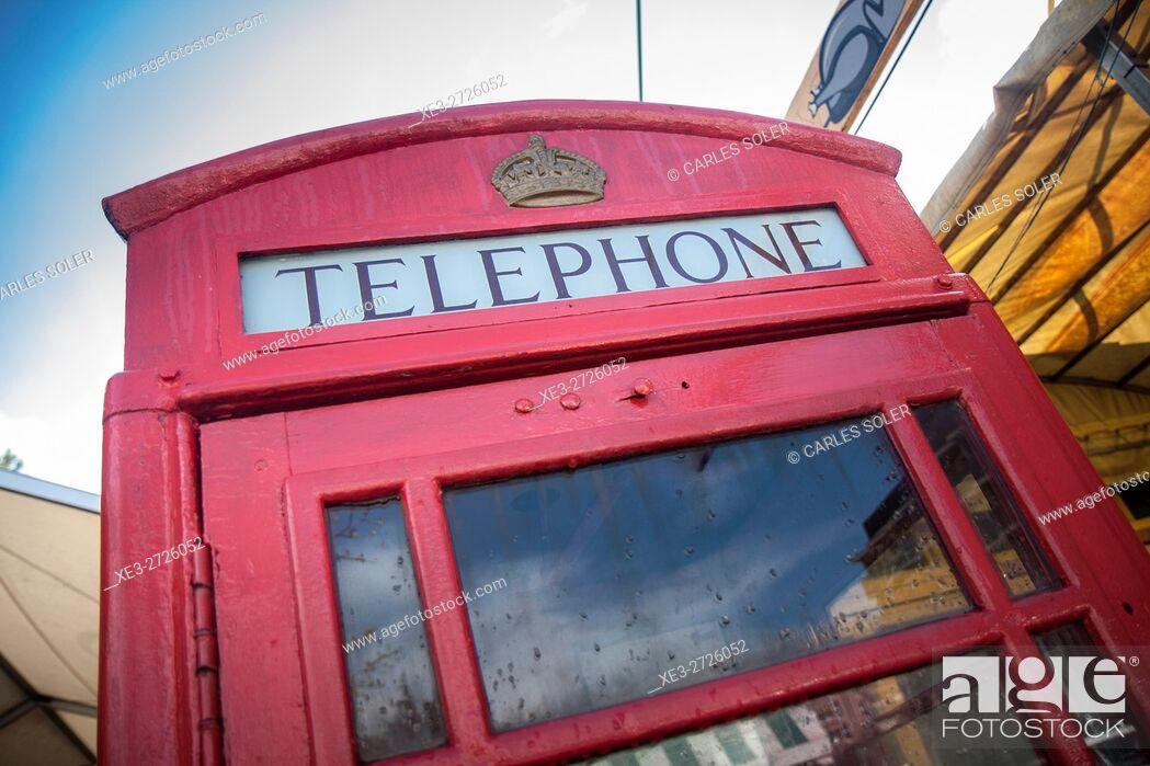 Imagen: Telephone booth.