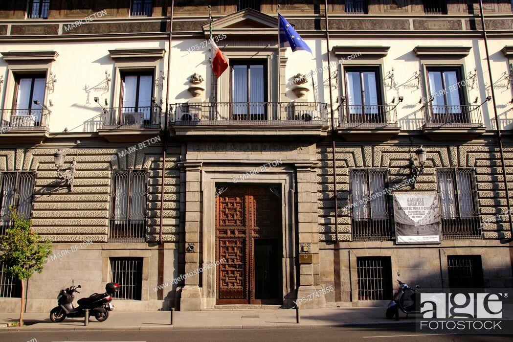 Stock Photo: Palacio de Abrantes Italian Cultural Institute Calle Mayor Madrid Spain.