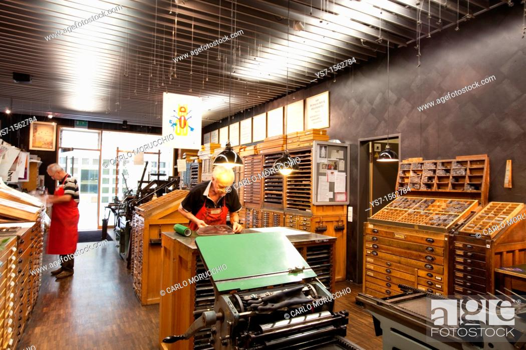 Stock Photo: The printing workshop inside the Gutenberg museum in Mainz, Germany, Europe.