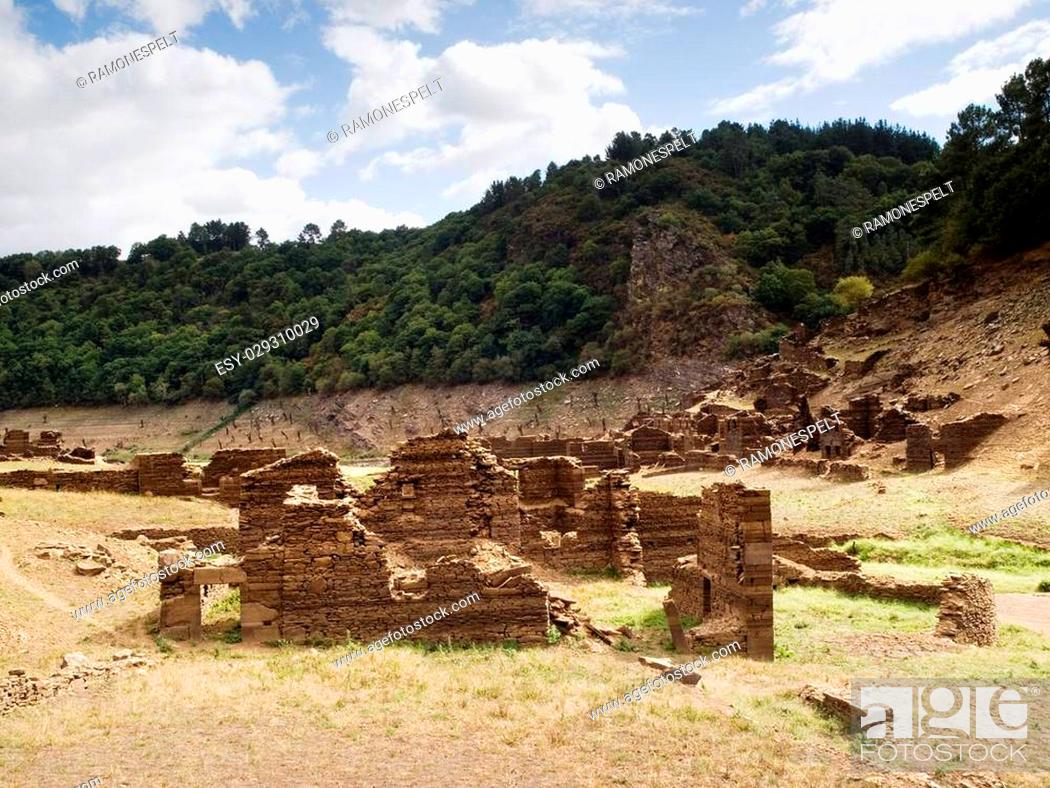 Stock Photo: Ruins of a village in the reservoir Belesar, Lugo, Galicia, Spain in a sunny day.