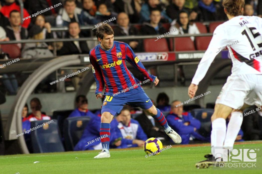 Stock Photo: Barcelona, Camp Nou Stadium, 06/02/2010, Spanish League, FC Barcelona vs. Getafe CF, Leo Messi.