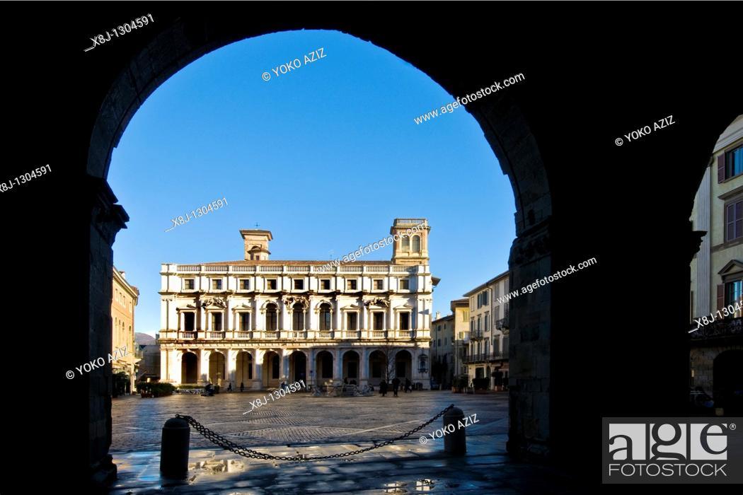 Stock Photo: Palazzo Nuovo, Piazza Vecchia, Bergamo, Italy.