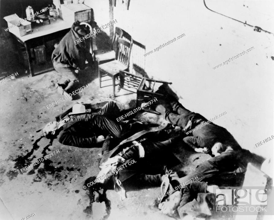 Saint Valentine S Day Massacre Seven Gangsters Of Bugs Moran S Gang