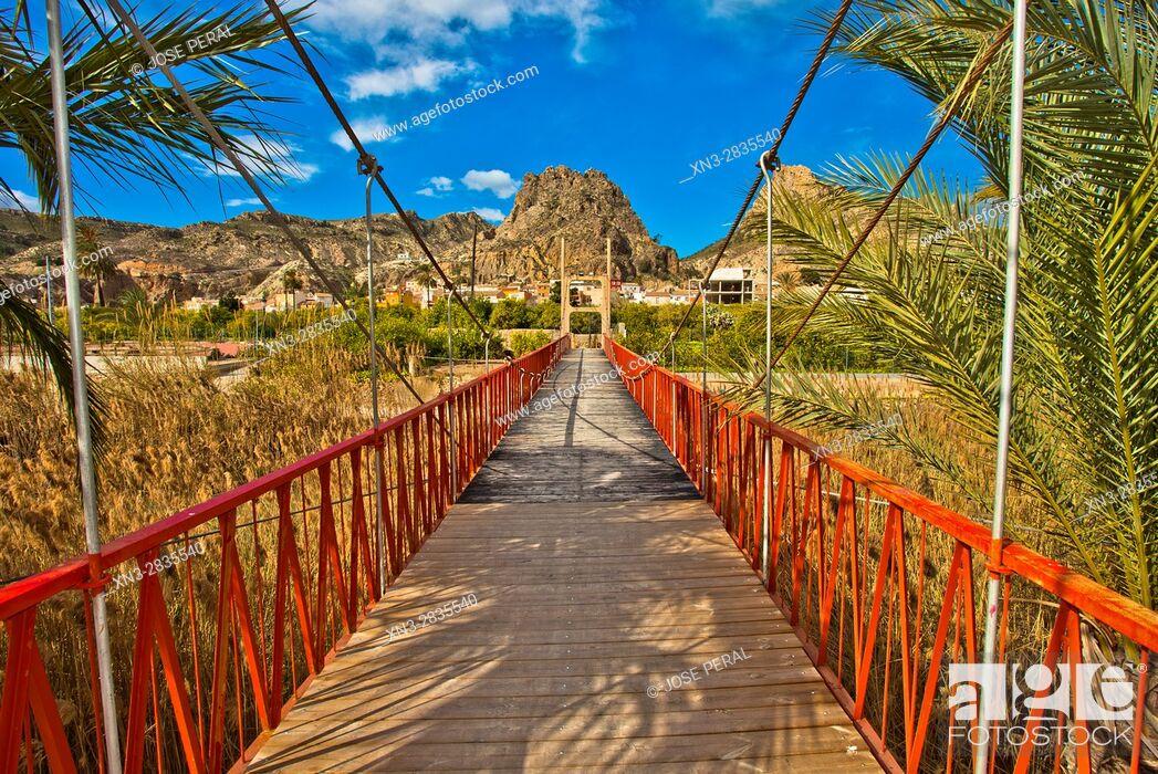 Imagen: Suspension bridge, Puente Colgante, Ojós, Segura River, Ricote Valley, Valle de Ricote, Mucia province, Spain, Europe.