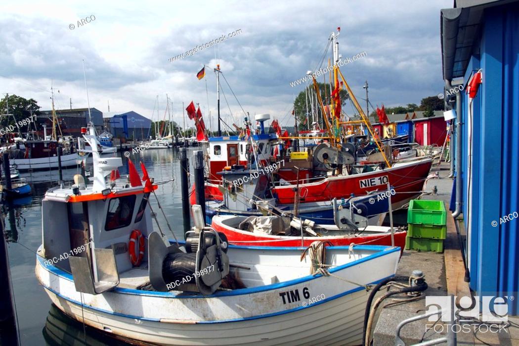 Stock Photo: Harbour, Niendorf, Bay of Lubeck, Schleswig-Holstein, Germany, Bay of Lübeck, Lübecker Bucht.