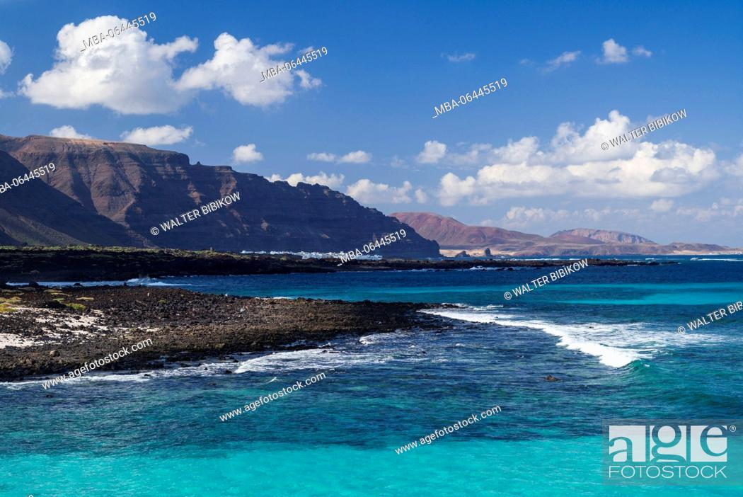Stock Photo: Spain, Canary Islands, Lanzarote, Malpais de la Corona, Punta Prieta, beach.