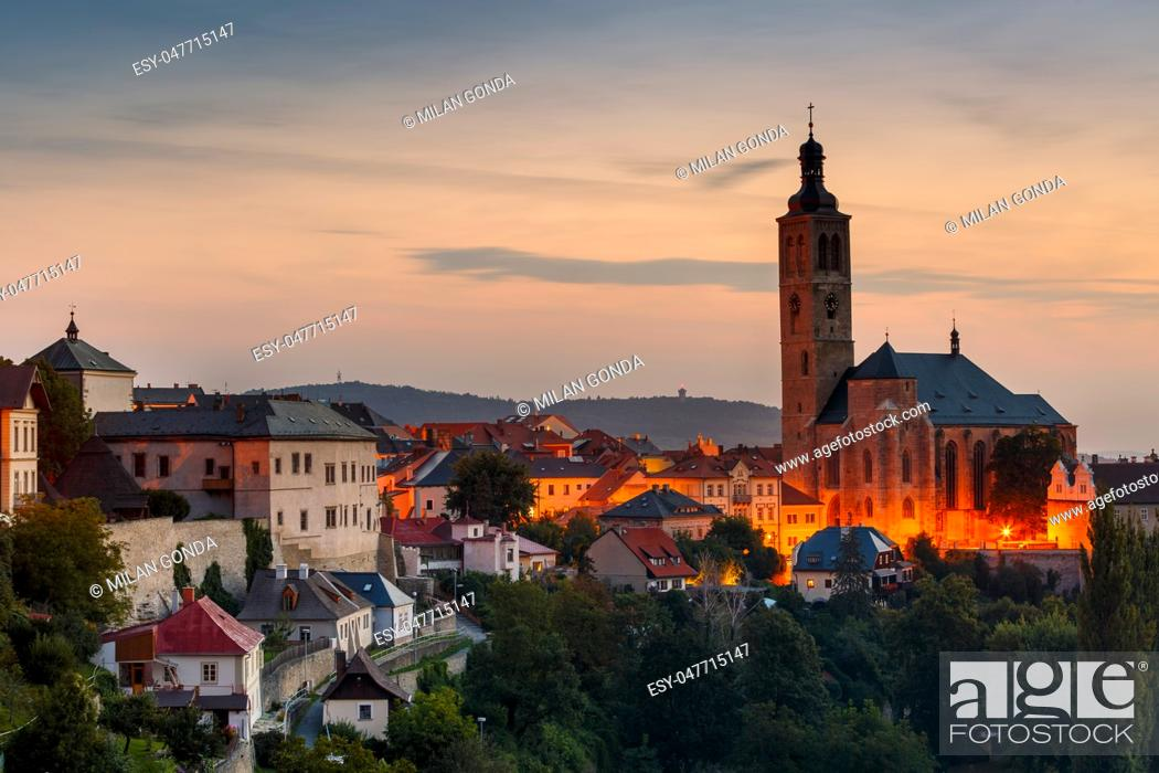 Stock Photo: Church of st James and the old town of Kutna Hora. .