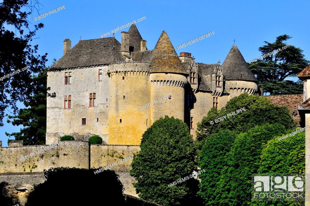Stock Photo: France, Dordogne, Perigord Noir, Sainte Mondane, the castle of Fenelon of the 15th century home of Francois de Lamothe Fenelon Salignac author of Telemachus.