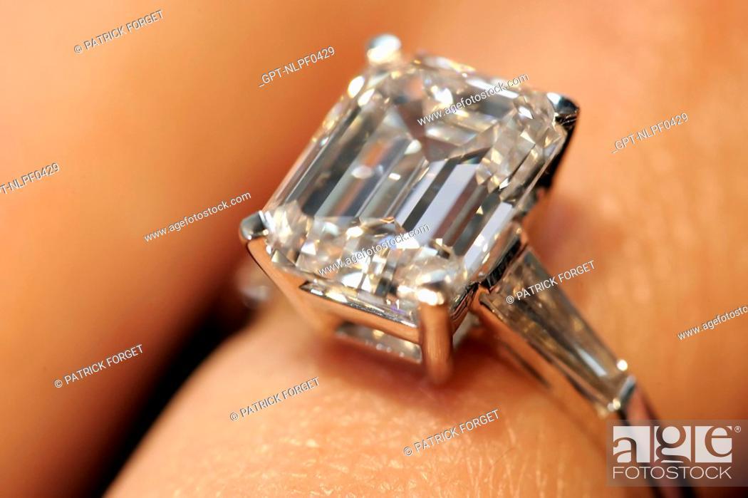 DIAMOND RINGS GASSAN DIAMONDS AMSTERDAM NETHERLANDS Stock