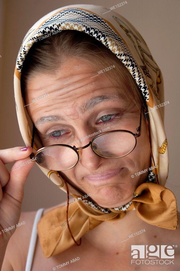 Imagen: Granny fx, make up lessons.