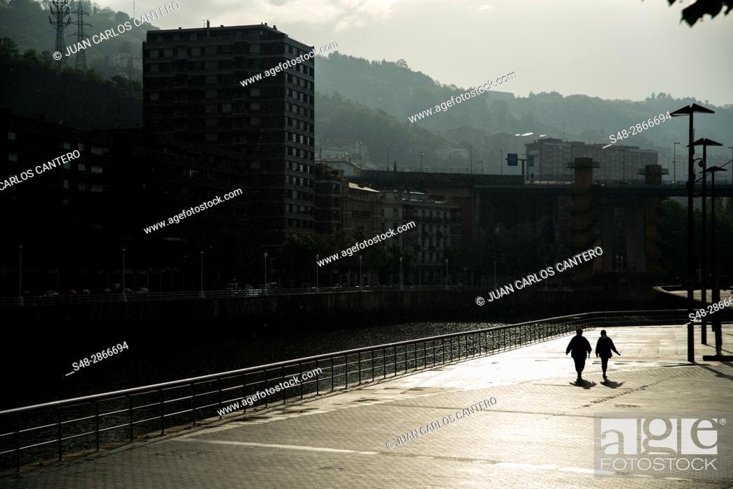 Stock Photo: Paseo de Abandoibarra en Bilbao. Vizcaya. Basque Country. Spain. Europe.