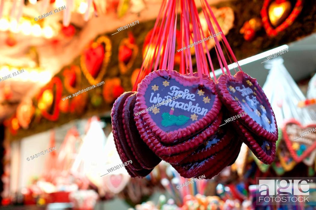 Stock Photo: Gingerbread hearts Christmas fair.