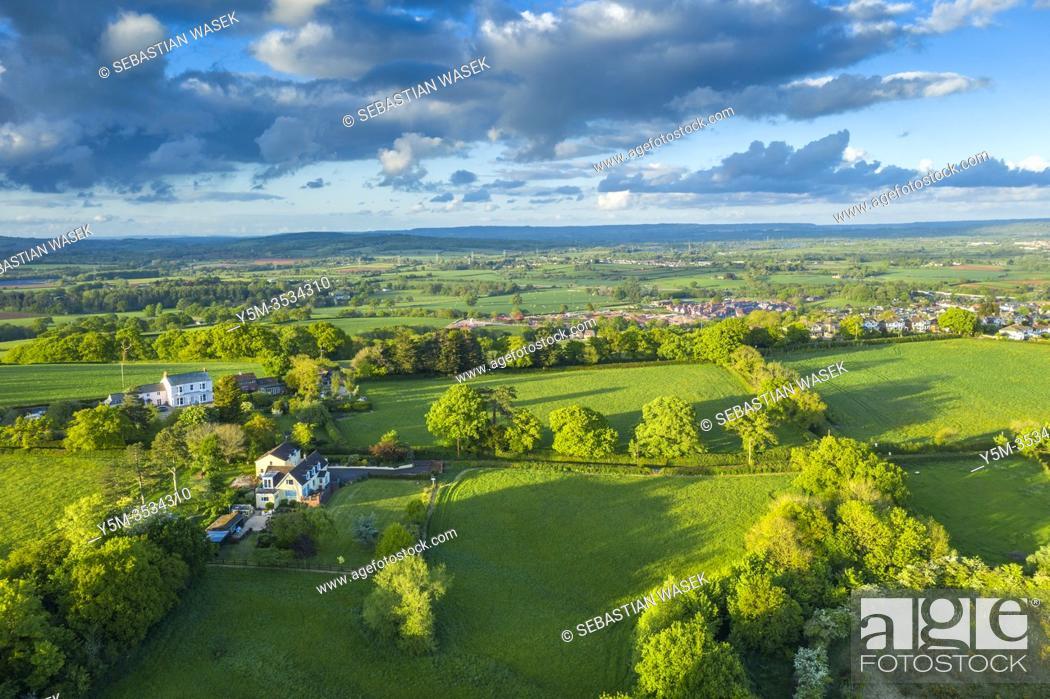Stock Photo: Green Countryside near Saint Michael and All Angels Church, Pinhoe, Devon, England, United Kingdom, Europe.