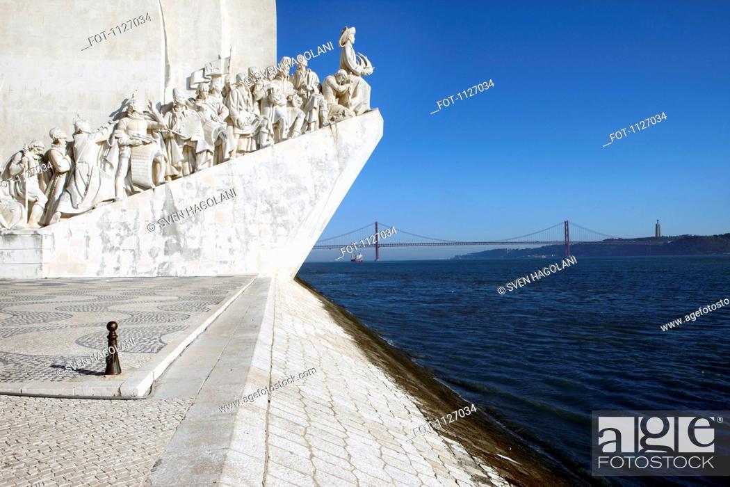 Stock Photo: Monument to the discoveries Padrao dos Descobrimentos Lisbon, Portugal.