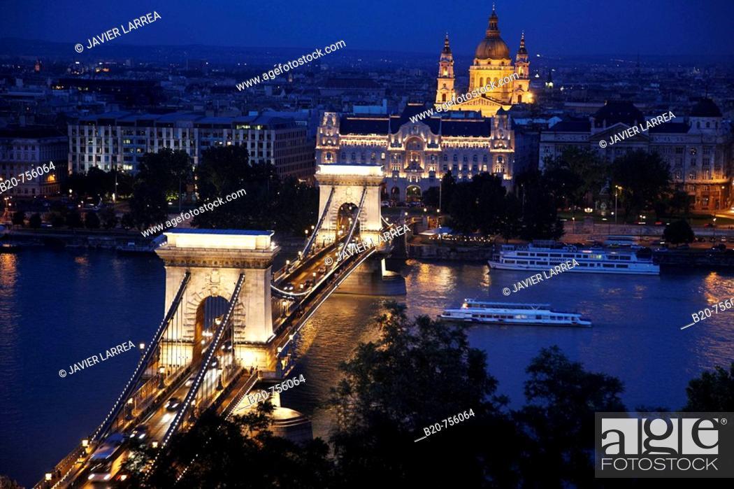 Stock Photo: Szechenyi Chain Bridge over Danube river, Budapest, Hungary.