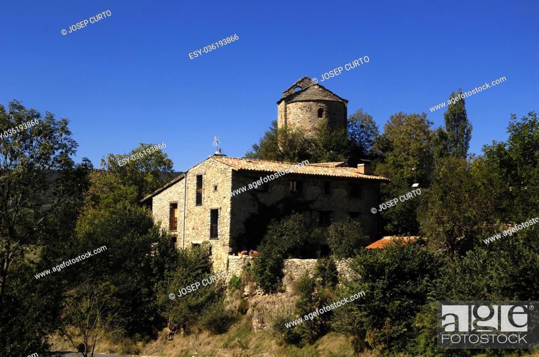 Photo de stock: Church of Sant Julia de Pedra, Pedra, Cerdanya, Girona, Spain.