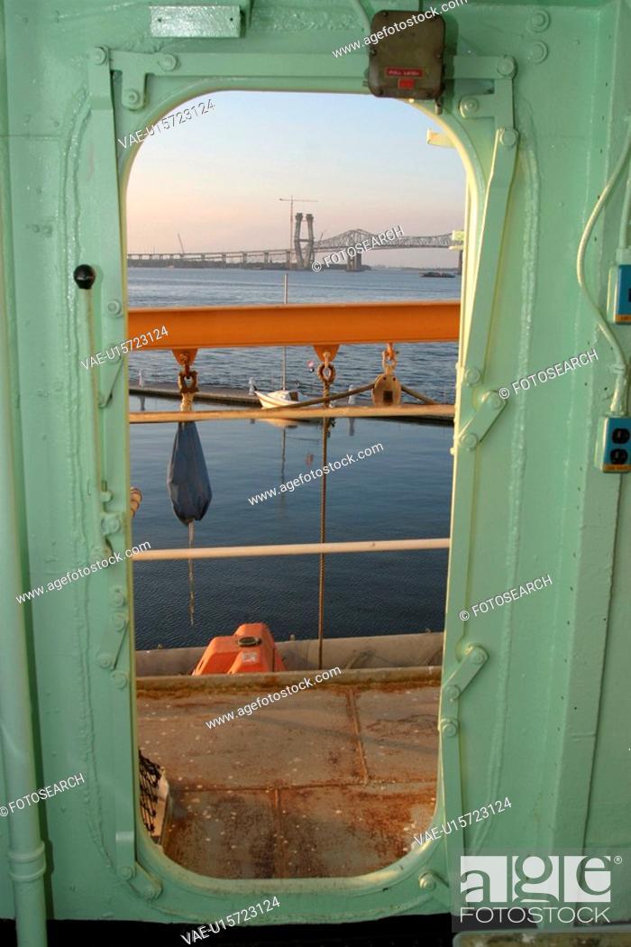 Stock Photo: view, metallic, iron, deck, water, bridge.
