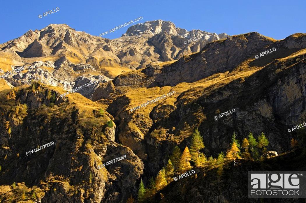 Stock Photo: Autumn in the Gelten Valley, nature reserve Gelten-Iffigen, Bernese Oberland, Switzerland.