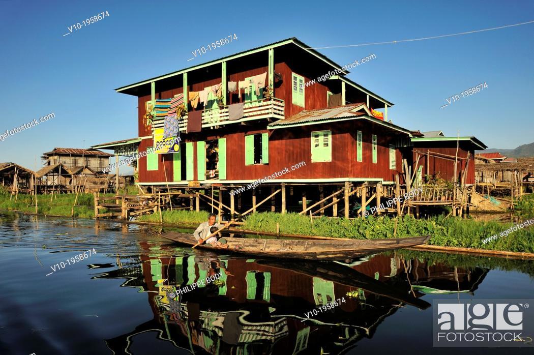 Stock Photo: Burma, Myanmar, Shan state, Inle Lake, village of Nam Pan, stilt houses.