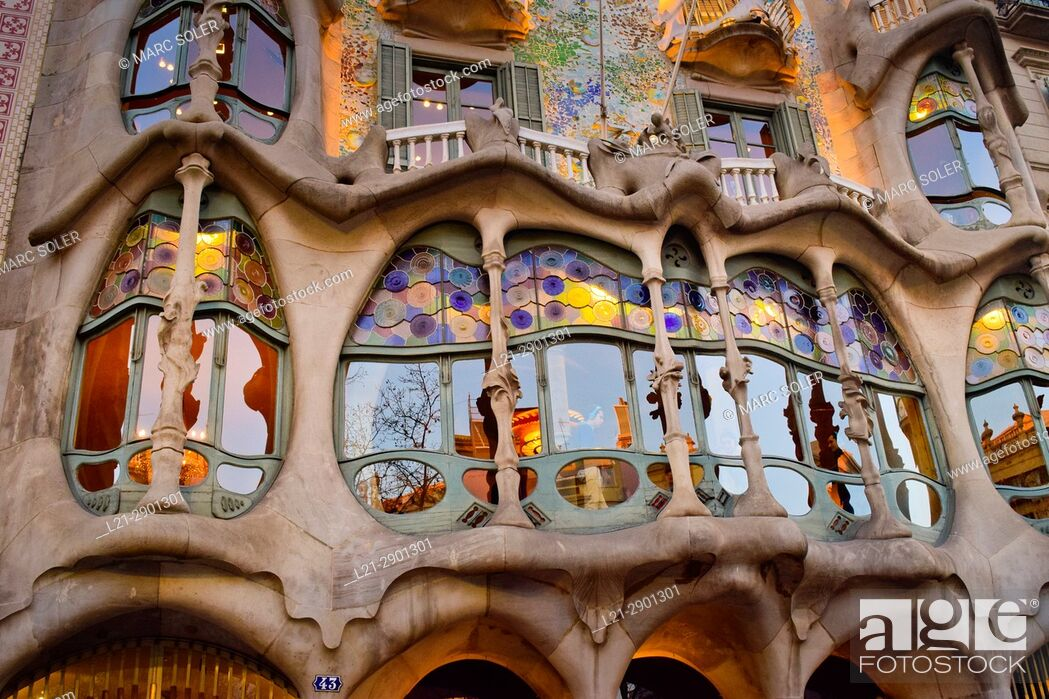 Imagen: Casa Batllo by architect Antoni Gaudi. Barcelona, Catalonia, Spain.