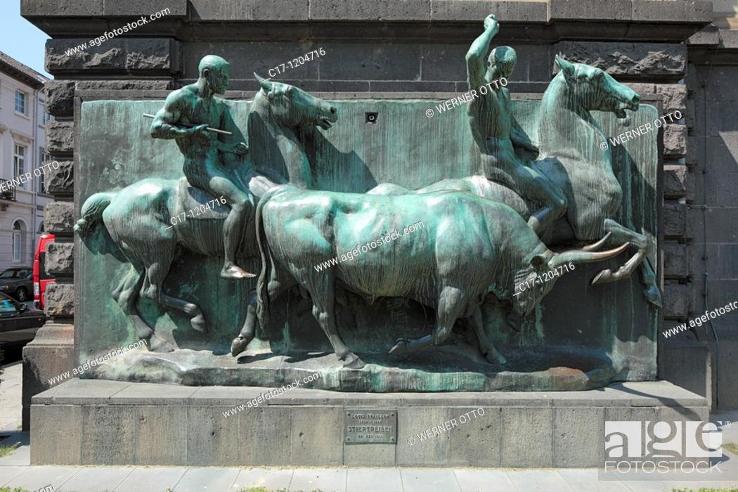 Stock Photo: Germany, Krefeld, Rhine, Lower Rhine, North Rhine-Westphalia, Kaiser Wilhelm Museum, Karl Square, Westwall, relief 'Stiertreiben' by Louis Tuaillon, horses.