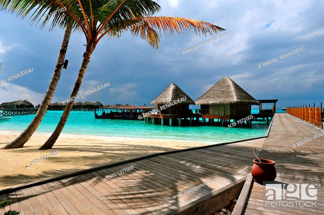 Stock Photo: Indian Ocean, Maldives, Alifu Alifu Atoll, Constance Halaveli Resort.