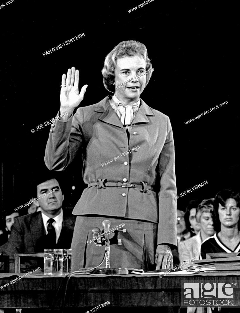 Imagen: Judge Sandra Day O'Connor of the Arizona Court of Appeals, United States President Ronald Reagan's nominee as Associate Justice of the Supreme Court to replace.