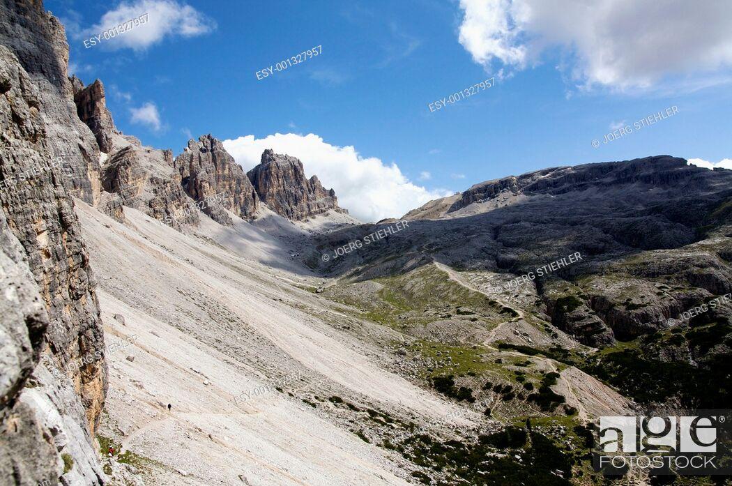 Stock Photo: Way to Lagazuoi, Monte de Lagazuoi, Dolomite Alps, Italy, Alta Via Dolomiti.
