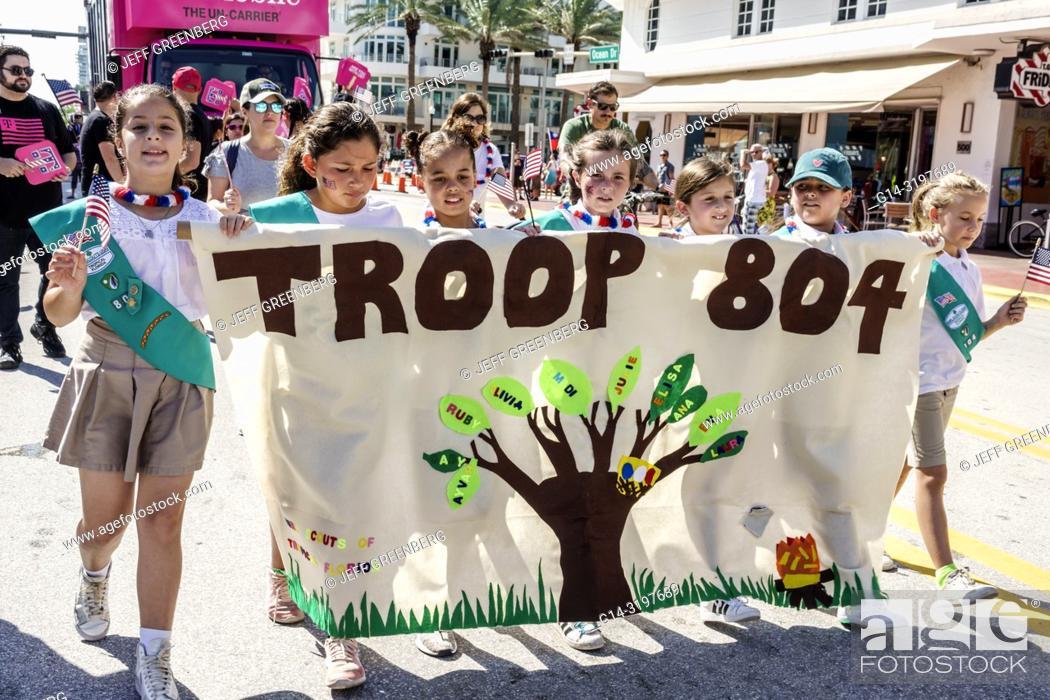Florida, Miami Beach, Ocean Drive, Veterans Day Parade