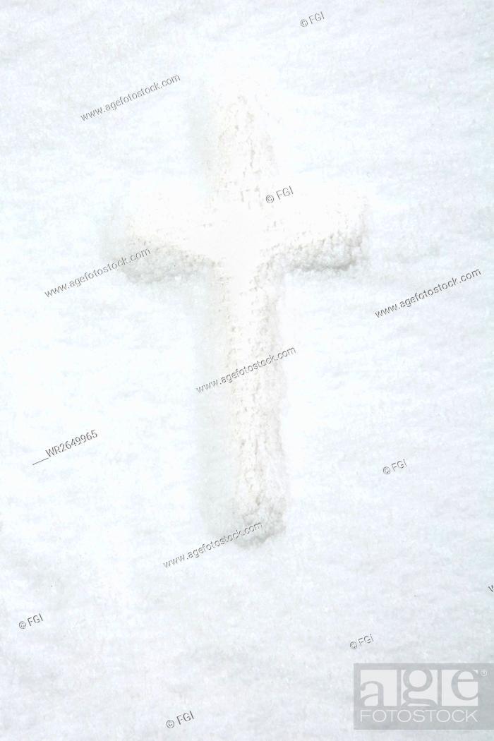 Stock Photo: Winter, Belief, Concept, Object, Faith, Religion, Catholicism, Photo, Christ, Sanctuary, Christianity, God, Jehovah, Jesus Christ, Studio Shot, Christian Cross, Cross, Fgi