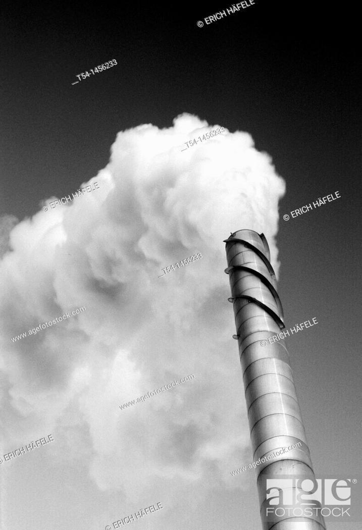 Stock Photo: Factorysmoke.