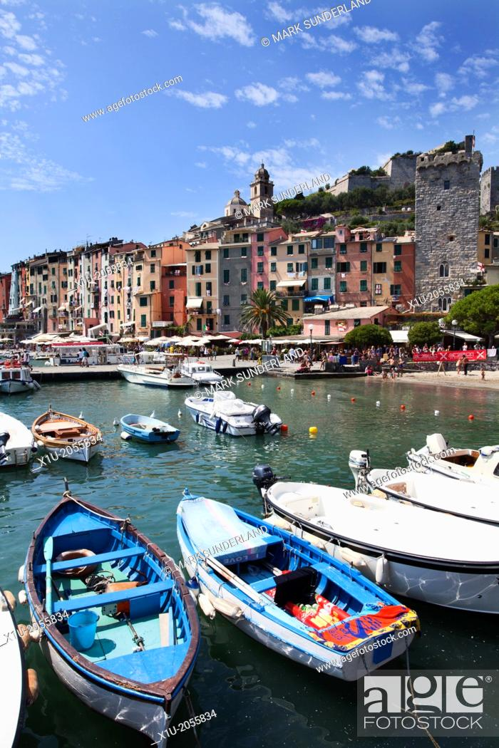 Imagen: Rowing Boats in the Harbour at Porto Venere Liguria Italy.