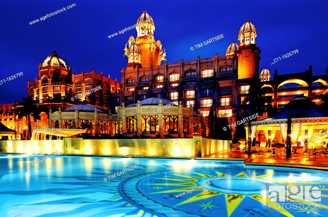 Imagen: palace hotel, night, sun city, south africa.