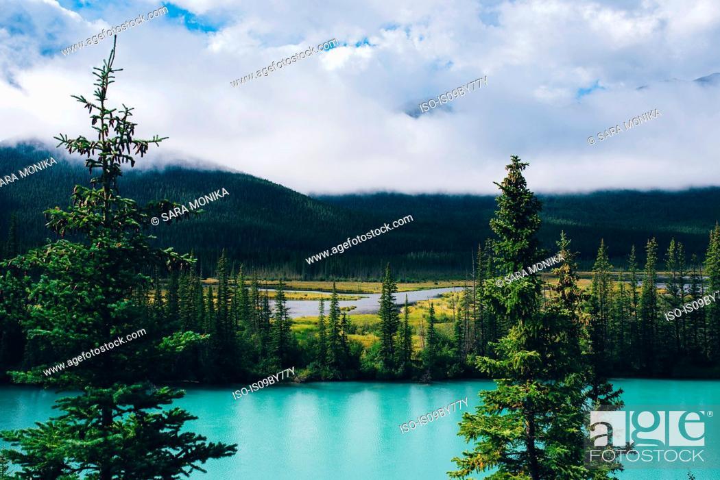 Stock Photo: Moraine Lake, Banff, Canada.