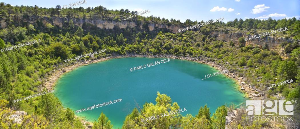 Imagen: Laguna del Tejo. Lagunas de Cañada del Hoyo, Cuenca province, Spain.