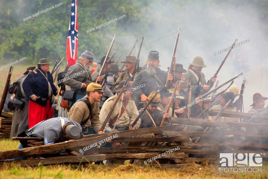 Stock Photo: Confederate soldiers during battle re-enactment, Civil War Reenactment, Willamette Mission State Park, Oregon.