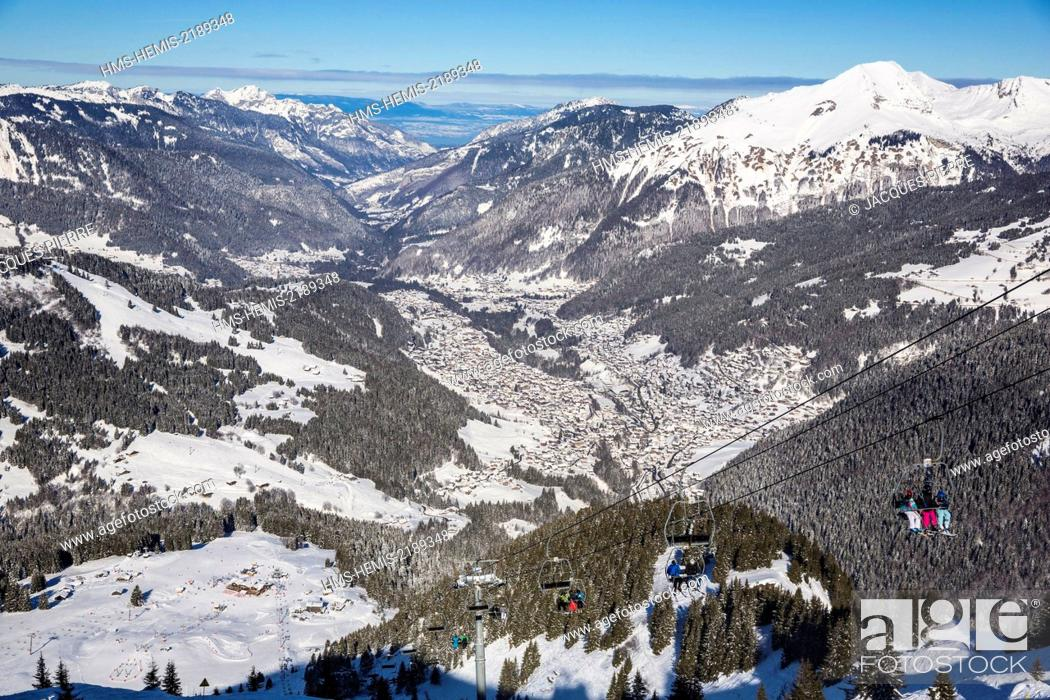 Stock Photo: France, Haute Savoie, Morzine, the valley of Aulps, the Chablais, ski slopes of the Portes du Soleil, view of the Lake Leman and Jura at the bottom since the.