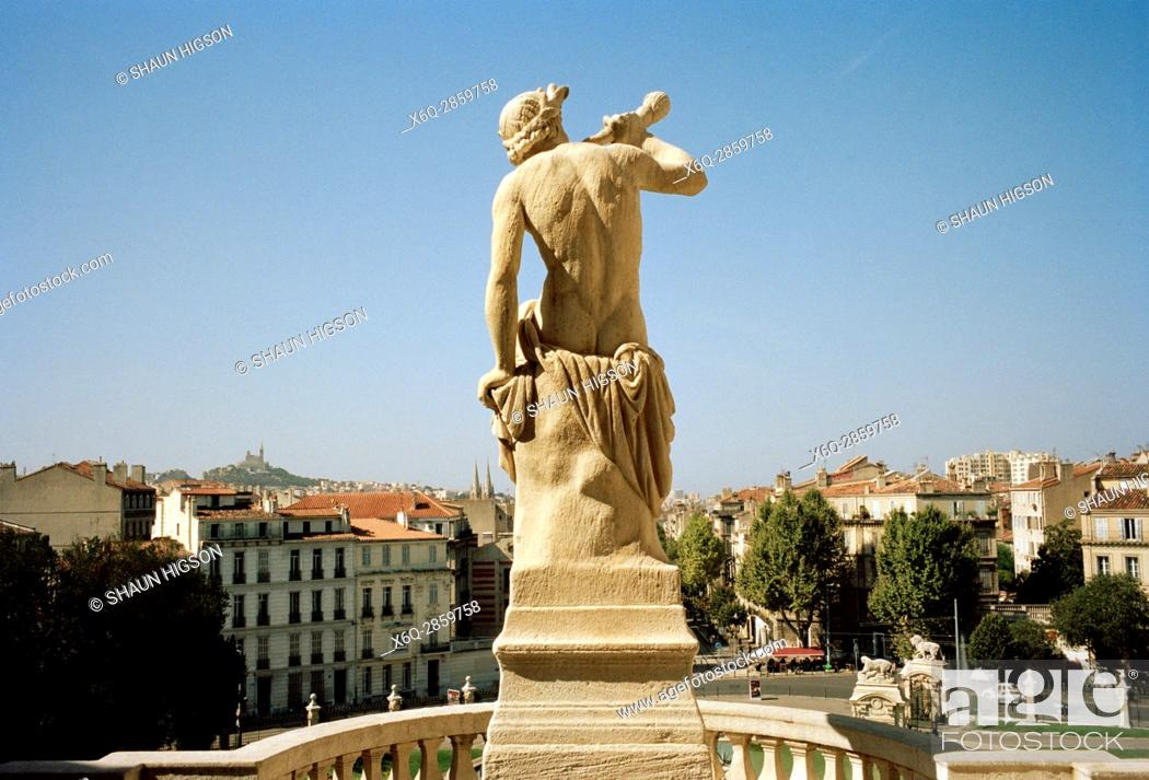 Imagen: Statue on the the Chateau D'eau in the Palais Longchamp in Marseille in Provence in Bouches du Rhone in France in Europe.