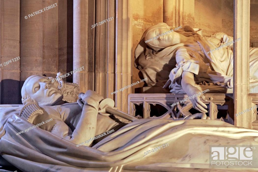Imagen: PRINCE FERDINAND D'ORLEANS AND HIS WIFE HELENE DE MECKLENBURG, RECUMBENT STATUES OF THE ORLEANS FAMILY, ROYAL CHAPEL OF DREUX, EURE-ET-LOIR 28, FRANCE.